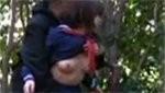 なかなか良い大きさのオッパイしてる女子校生が公園内で青姦しちゃってる!