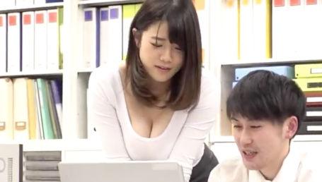 ムチムチJカップでパツパツ着衣爆乳がエロすぎる女上司は残業中に毎日セクハラされてます