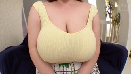 110cm Kカップのデカ乳輪ドデカパイのムッツリスケベ保育士さんがセックスに飢えてAV出演