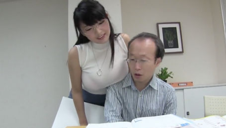 オトナの家庭教師をしているIカップ爆乳奥様 こんなエロい身体の女が家庭教師で家に来たらする事は唯一つ!