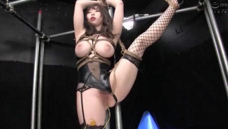 Iカップエロボディの女スパイが敵組織に捕まり性的拷問にかけられイキ狂う!