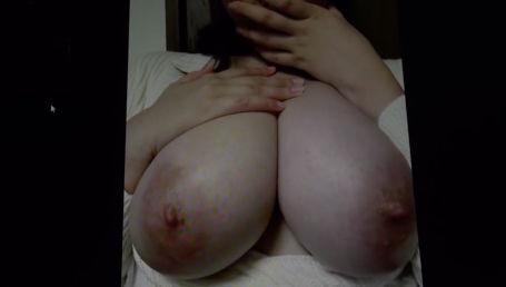 性欲が強すぎて旦那に捨てられてしまったIカップ美爆乳女が欲求不満解消の為に顔を隠してAV応募!