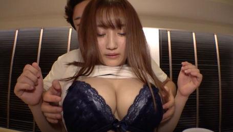 東十条の焼き鳥屋の看板娘のGカップ巨乳女子大生を口説いてAV撮影!