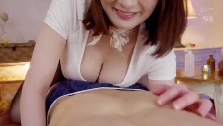 神乳Jカップの最高級風俗嬢の究極のサービスを受けられる秘密の風俗マンション