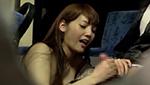 深夜バスで男性客のチ○ポをシゴイてザーメンを抜きたがる巨乳痴女