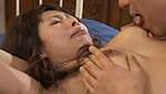 激しいイラマチオで唾液まみれになって緊縛ファックされる巨乳熟女
