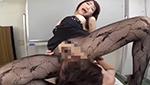 巨乳美女が激しいクンニで喘ぎまくりながら身体を弾ませてイク!