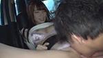 巨乳AV女優がヒッチハイクしてた男優と乗り合わせてカーセックス始まったw